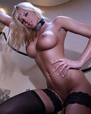Sexy picture of Amy Vertigo