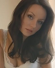 Sexy picture of Carla