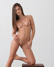 Hot photo of Little Caprice